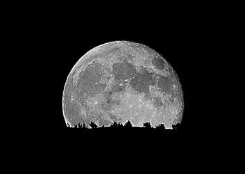 Camiñatas á luz da lúa